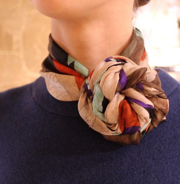 как завязать платок на шею